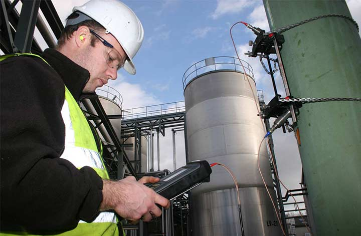Ultrasonic Clamp-On Meter to Undertake Trunk Mains Verification